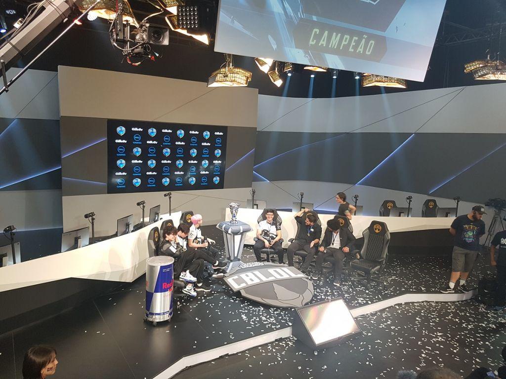 CBLoL 2019 | INTZ surpreende e é campeã da primeira etapa - 4