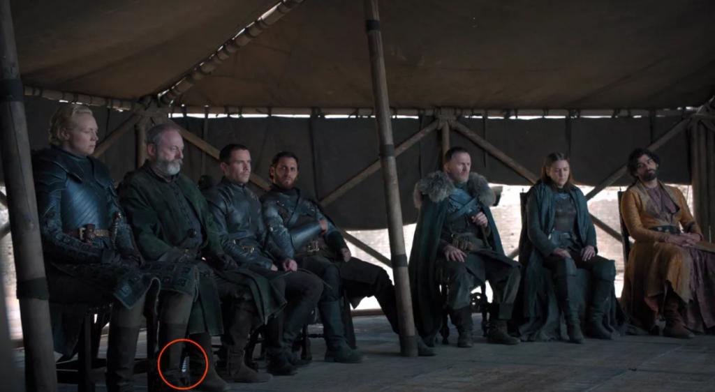 Depois do Starbucks, agora garrafas foram deixadas no final de Game of Thrones - 2