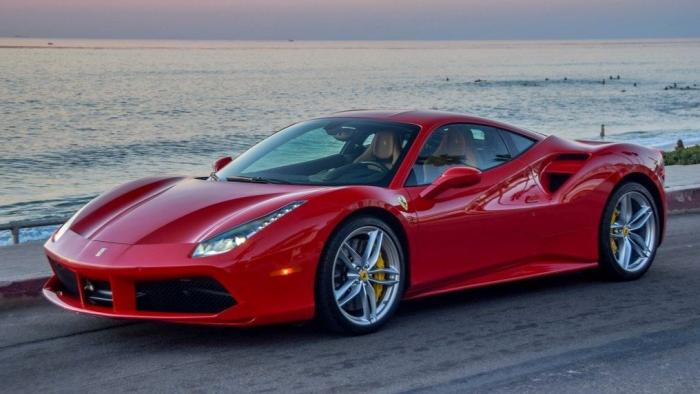Ferrari revelará seu supercarro híbrido ainda este mês - 1