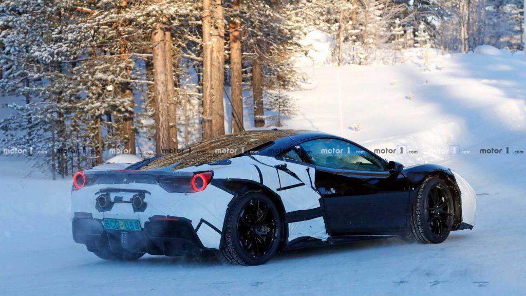 Ferrari revelará seu supercarro híbrido ainda este mês - 2