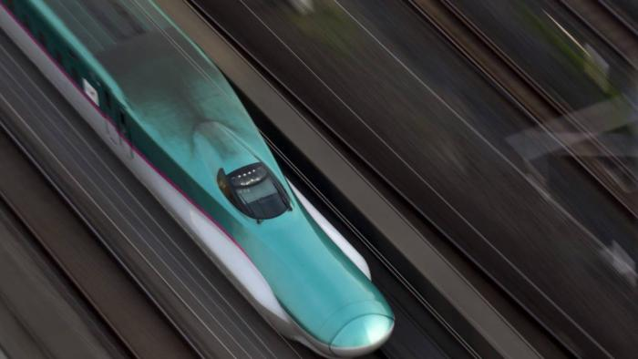 Japão testa trem-bala que alcança 400 km/h, o mais rápido do mundo - 1