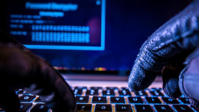 Polícia desmonta quadrilha que roubou US$ 100 milhões usando malwares - 1