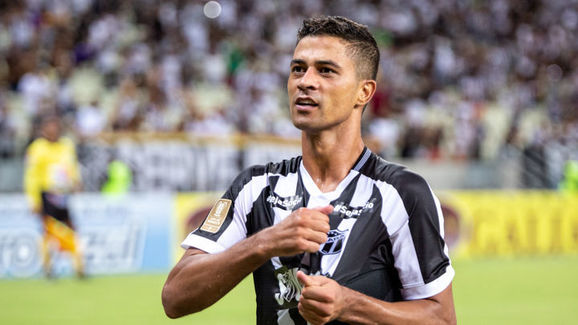 20 jogadores que deixam seus clubes na retomada do Campeonato Brasileiro - 20