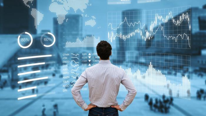 Curso ensina pessoas comuns a investir o próprio dinheiro em mercado de câmbio - 1