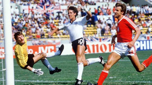 FUSSBALL: NATIONALMANNSCHAFT WM 1986, ENG - POL 3:0
