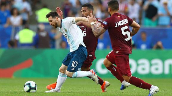 Lionel Messi,Yangel Herrera
