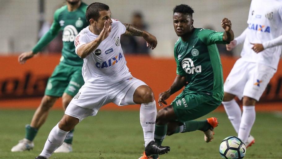 Santos aguarda oferta do Al-Ittihad para negociar jogador estrangeiro - 1