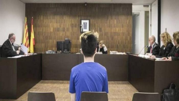 Youtuber que deu Oreo com creme dental a mendigo pagará indenização de € 20 mil - 1