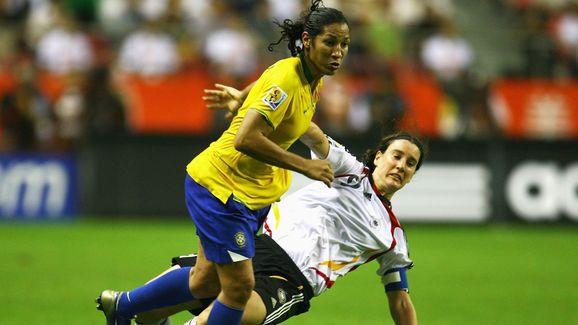 Daniela Alves Lima,Birgit Prinz