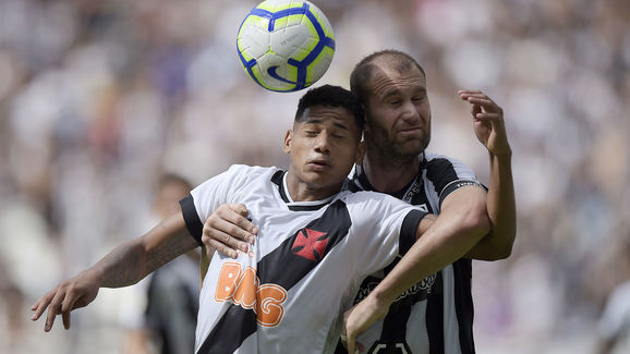 Danilo Carvalho,Joel Carli