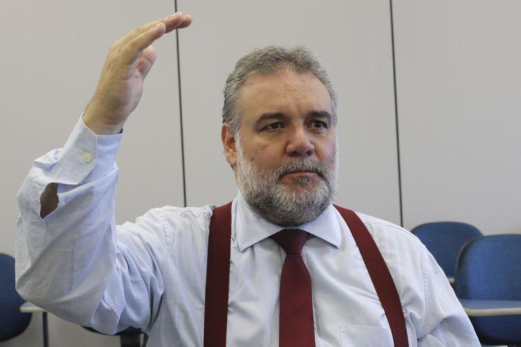 Brasília - Entrevista do Valdir Oliveira, superintendente regional do Sebrae
