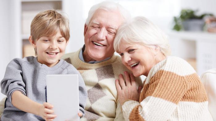 Especial Dia dos Avós | Internet, apps, segurança e muito amor pelos netos - 1