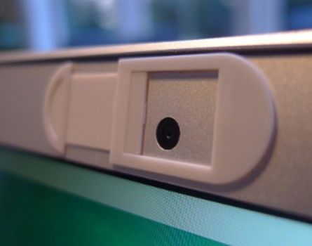 Fita adesiva e além | Como proteger a câmera do seu notebook contra hackers - 4