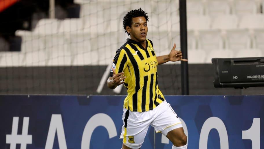 Na Arábia, Romarinho projeta possível volta ao futebol brasileiro - 1