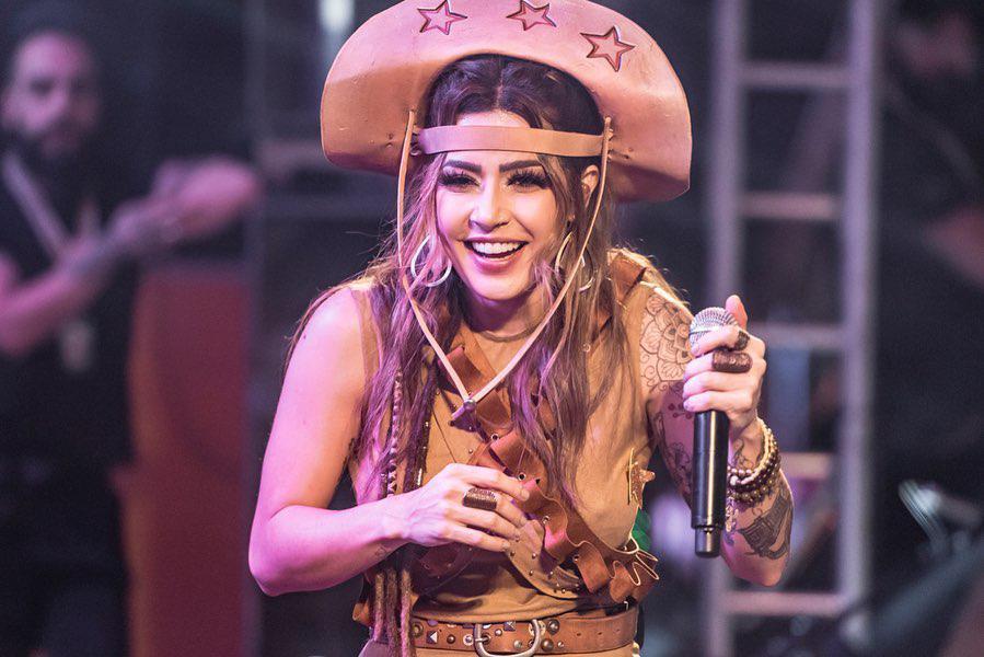 Ouça agora o novo CD promocional da Lauana Prado! - 3