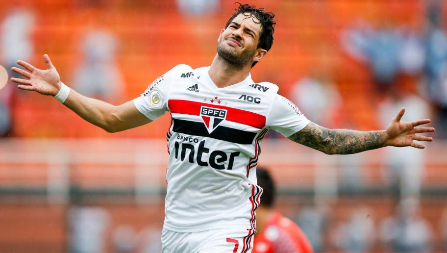 Pato trabalha para voltar em boa forma no Brasileirão - 1