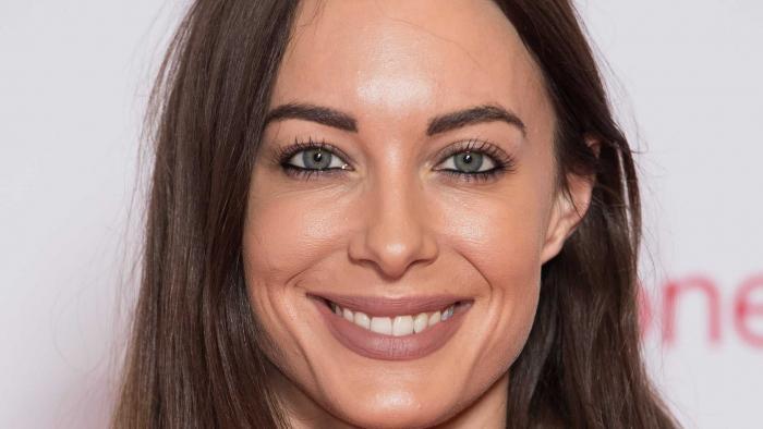 YouTuber britânica Emily Hartridge morre após colidir seu patinete com caminhão - 1