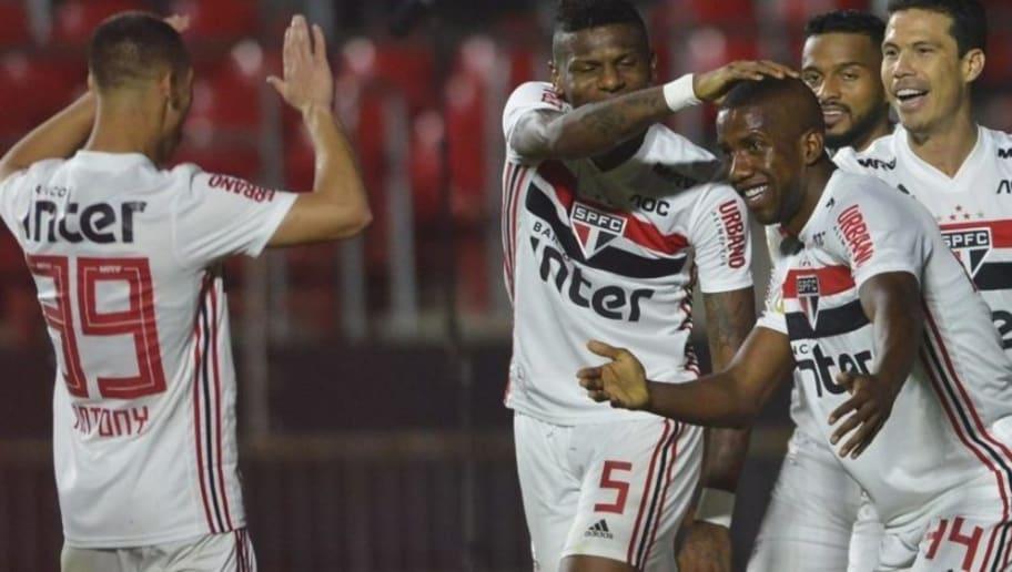 Ajax prepara proposta de 134 milhões para comprar destaque do São Paulo - 1