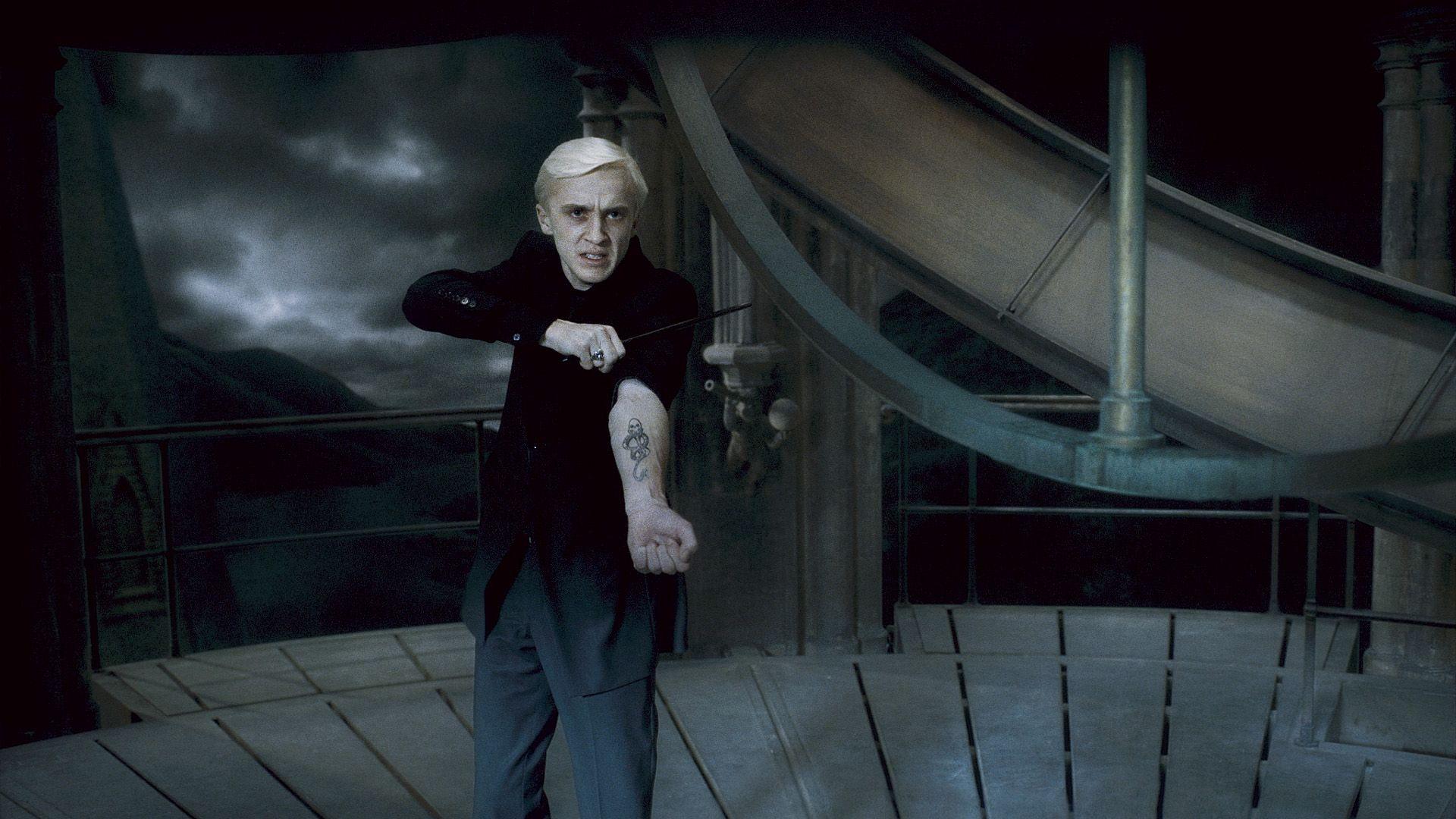 Este é o PIOR professor de Harry Potter e temos provas! - 1
