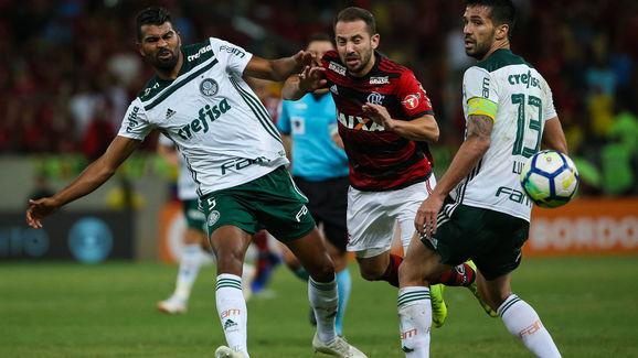 Thiago Santos,Luan Garcia,Everton Ribeiro