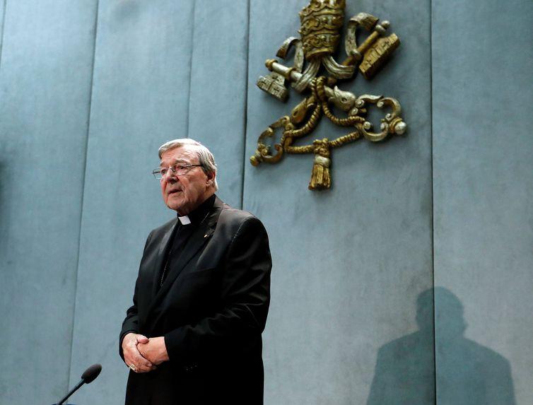 Cardeal George Pell participa de uma entrevista coletiva no Vaticano, 29 de junho de 2017.