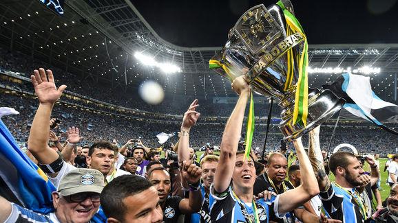 Gremio v Atletico MG - Copa do Brasil Final 2016