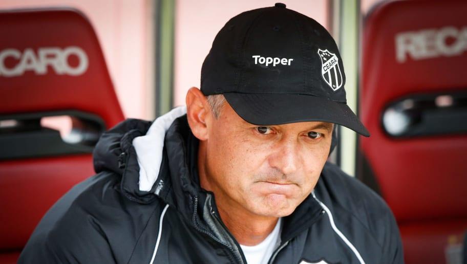5 treinadores para ocupar a vaga de Oswaldo de Oliveira no Fluminense - 1