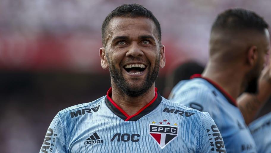 6 jogadores brasileiros que são verdadeiros 'palhaços' nos vestiários - 1