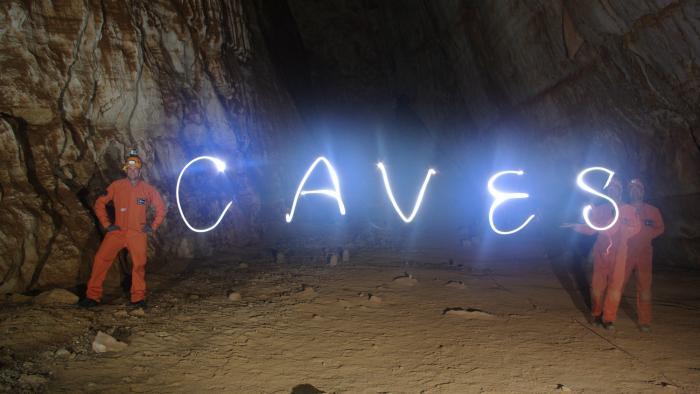 Astronautas vivem em cavernas em preparação para futuras viagens espaciais - 1