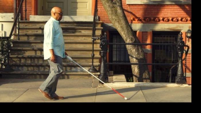 Deficiente visual cria bengala inteligente que usa bluetooth e Google Maps - 1