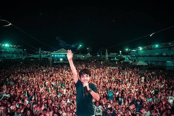 Enzo Rabelo realiza primeiro show e inicia turnê pelo Brasil - 1