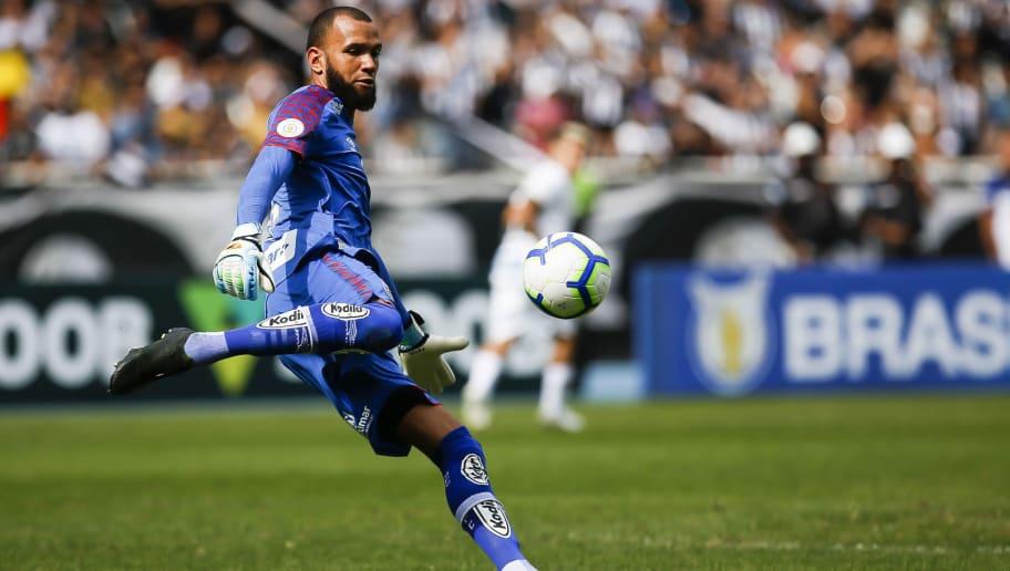 Everson pode se tornar, de forma isolada, jogador com maior sequência no time em 2019 - 1