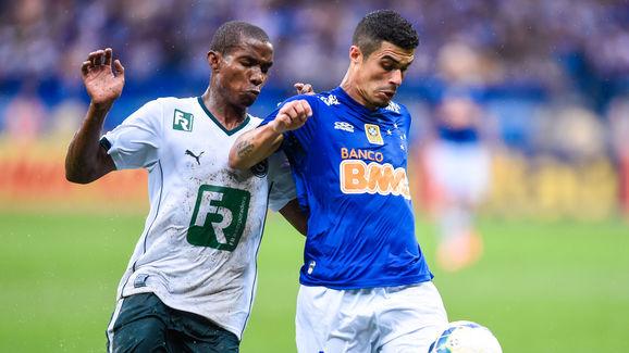 Cruzeiro v Goias - Brasileirao Series A 2014