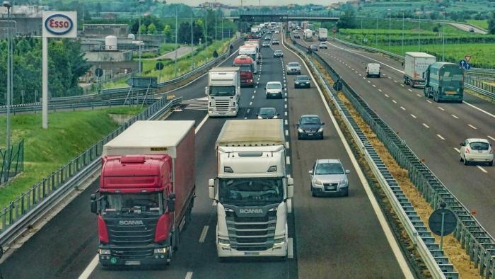 Projeto de Lei do Senado impõe cobertura móvel em rodovias - 1