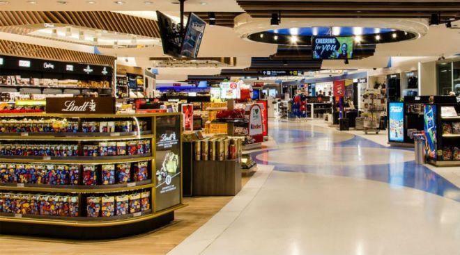 Bolsonaro dobra cota para compras em free shops - 2