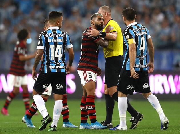Nestor Pitana,Gabriel Barbosa,Matheus Henrique