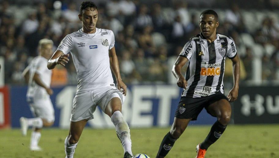 Elias destaca pedidos de Mancini no Atlético-MG e garante: