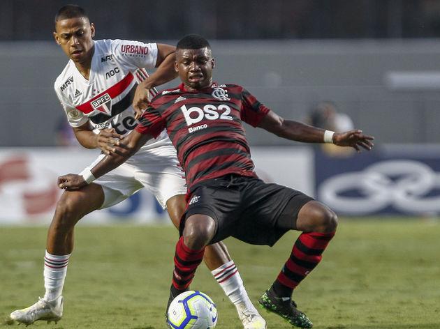 Bruno Alves,Lincoln