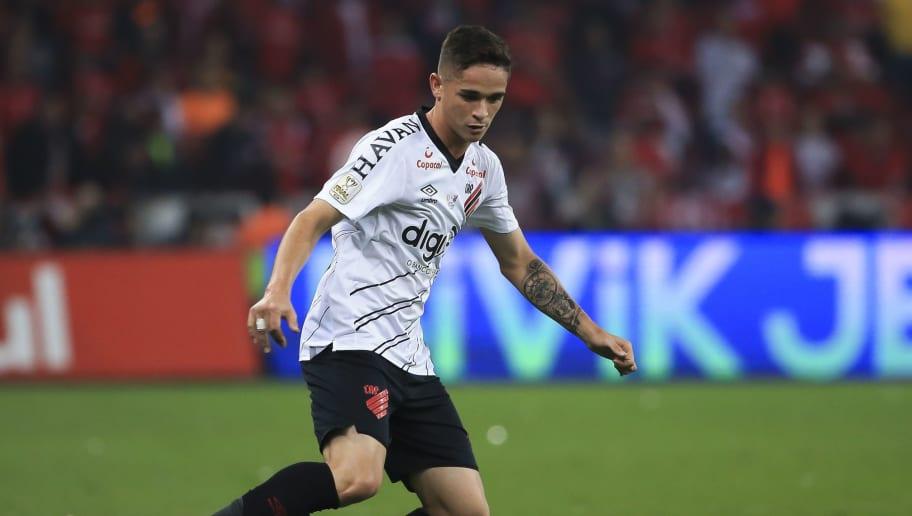 Na reta final da temporada, Tiago Nunes deverá dar oportunidade para cinco jovens no Athletico - 1