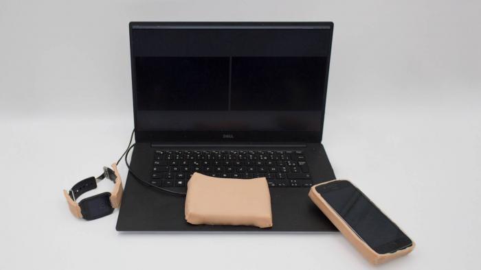 Pesquisador cria pele artificial para controlar aparelhos eletrônicos - 1
