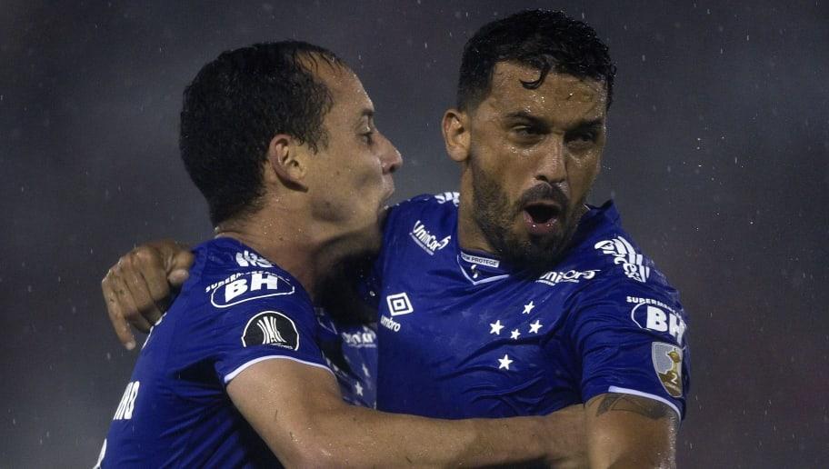 Pivô de saída de Ceni, Edílson expõe rusga com ex-técnico do Cruzeiro: