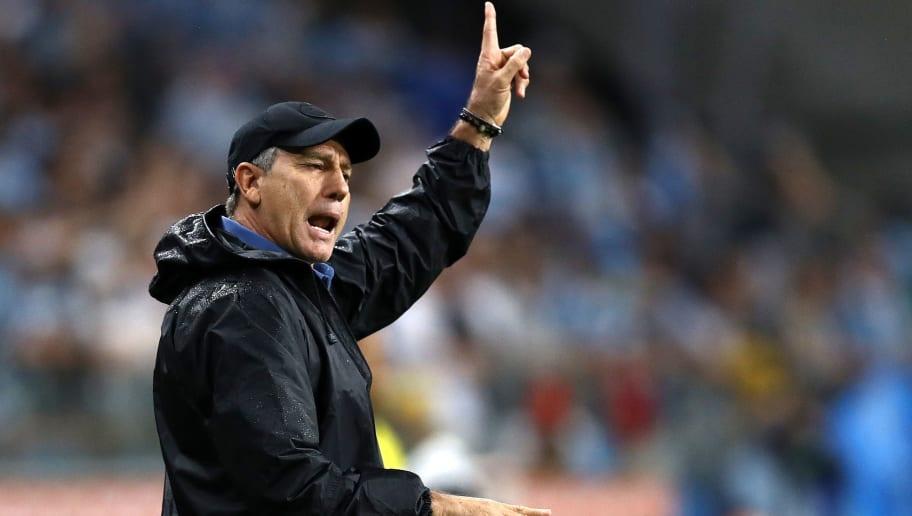 Renato Portaluppi polemiza, afirma que o 'futebol brasileiro está acabando' e explica declaração - 1