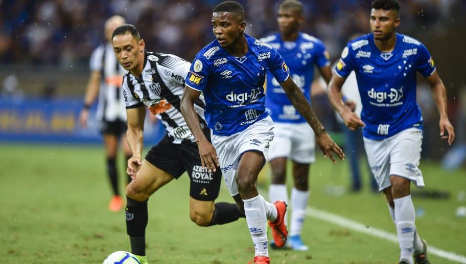 Com terceiro pior ataque, Cruzeiro ainda sobrevive por ter melhor defesa do returno - 1