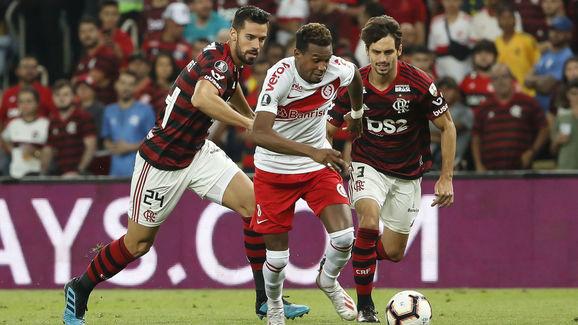 Edenilson,Pablo Mari,Rodrigo Caio