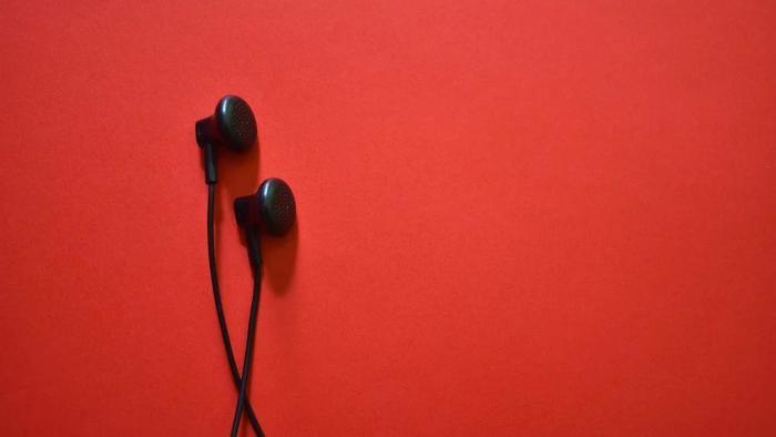 Fones de ouvido: saiba como limpá-los corretamente e evitar infecções - 1