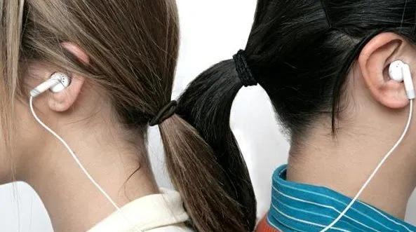 Fones de ouvido: saiba como limpá-los corretamente e evitar infecções - 5