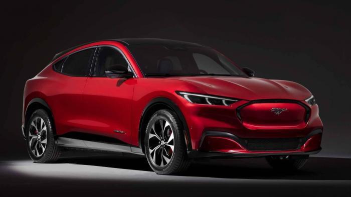 Ford lança o SUV Mustang Mach-E, seu primeiro carro elétrico - 1