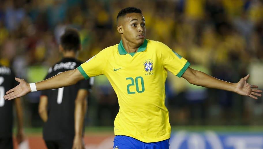 Gols decisivos e multa astronômica: Flamengo se empolga com sua nova joia - 1