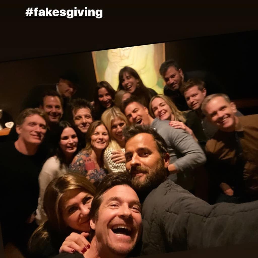 Jennifer Aniston, de Friends, tem jantar com ex e fãs torcem por reconciliação - 1