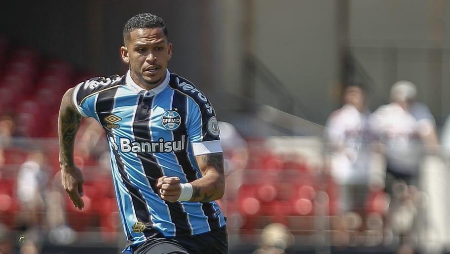 Luciano cobra Renato após gol de bicicleta e treinador não 'deixa barato' sobre promessa - 1